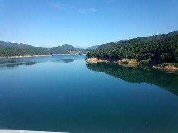 宮ヶ瀬湖.jpg